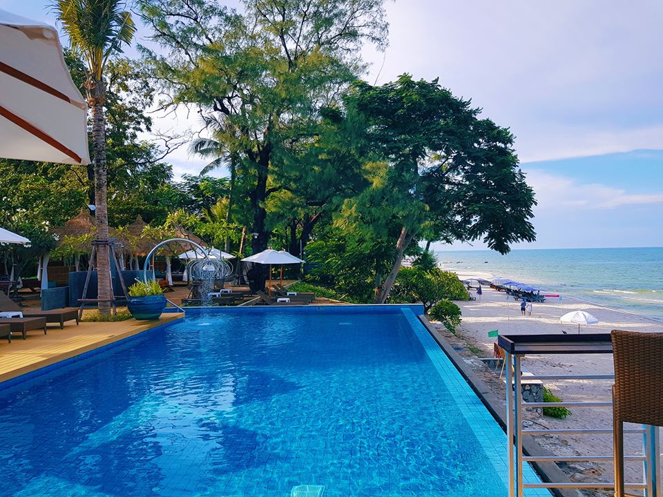 Le Colonial Beach Club หัวหิน