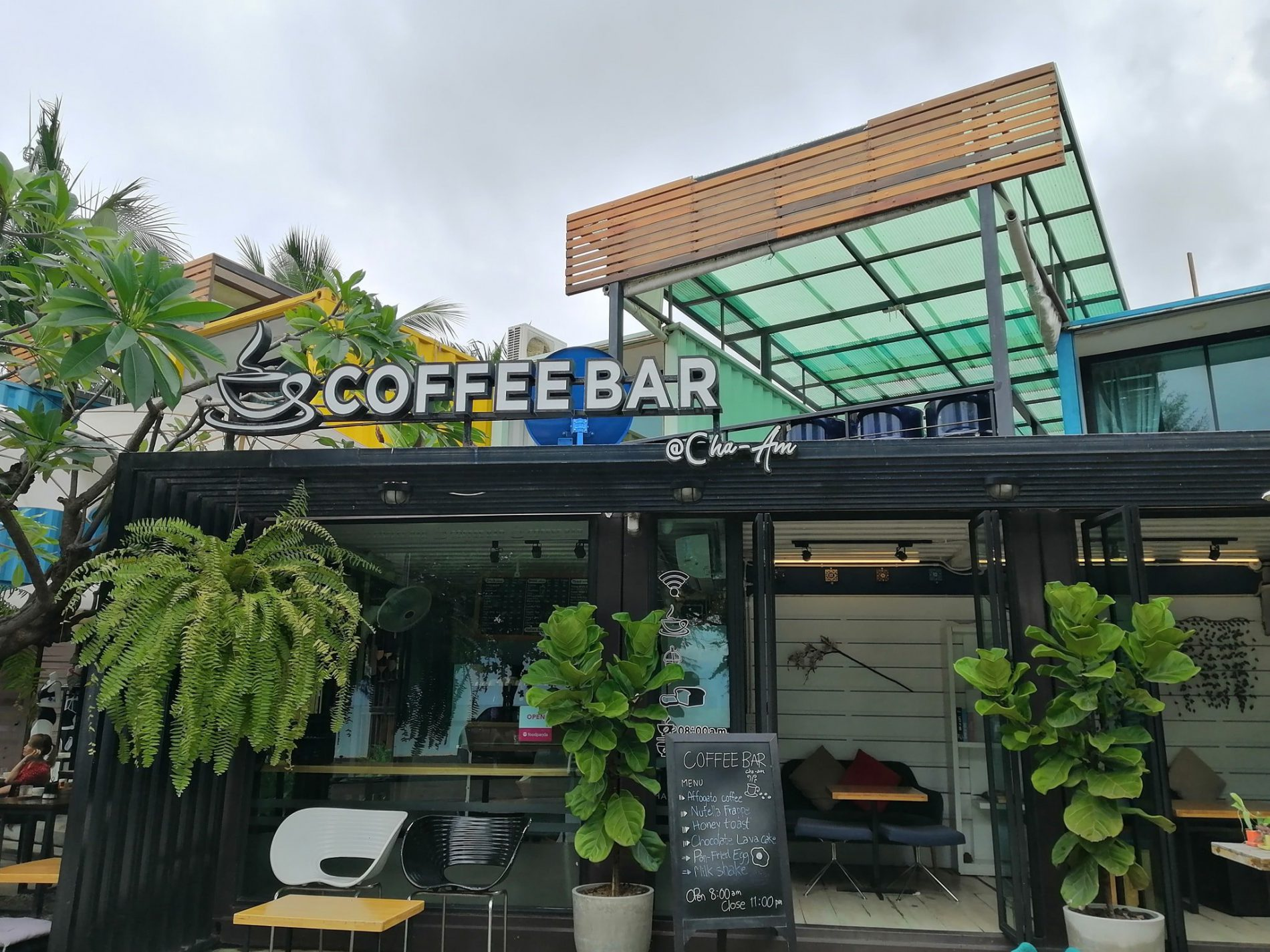 Coffee bar at Chaam